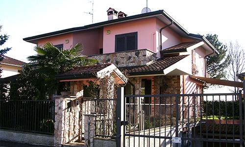 2001. Realizzazione ex-novo di abitazione bifamiliare in Camparada MB