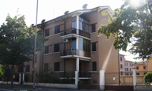 2011. Ristrutturazione condominio in Crema CR